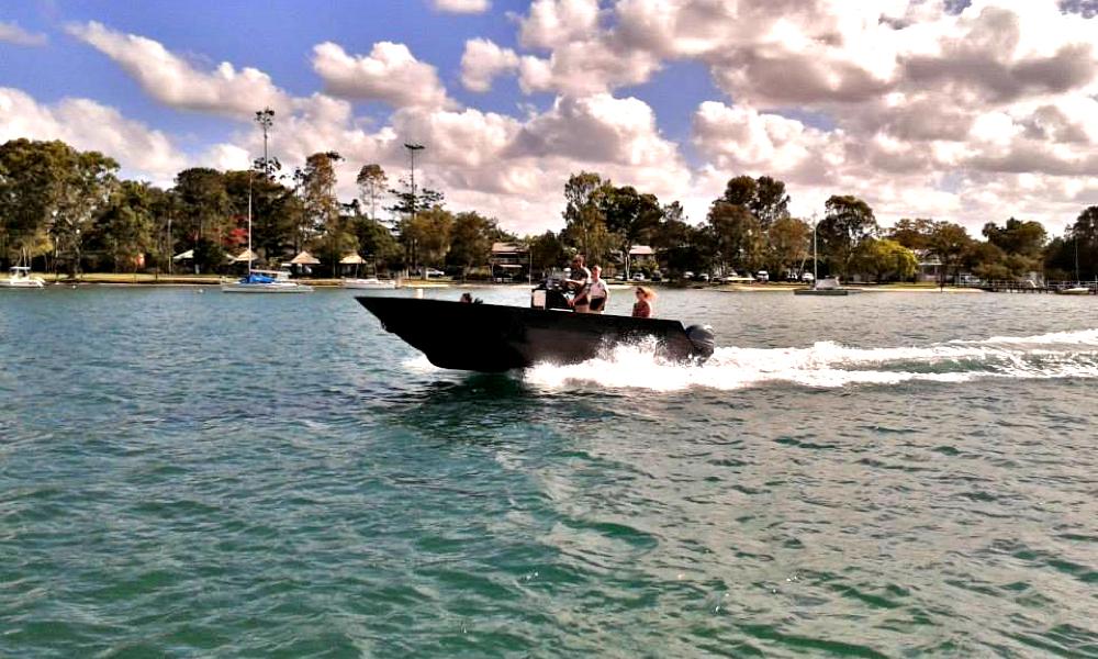 6m boat